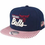 Keps Chicago Bulls USA Navy Snapback - Mitchell & Ness