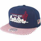 Keps Cleveland Cavaliers USA Navy Snapback - Mitchell & Ness - Blå Snapback