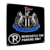 Newcastle United skylt No Parking