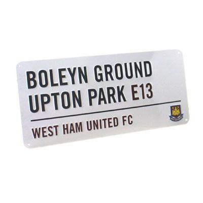 West Ham United vägskylt